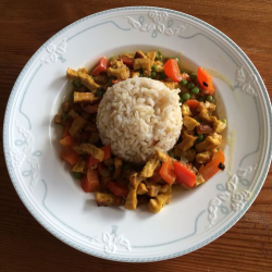 Schnelles Tofu-Thai-Curry (vegan)